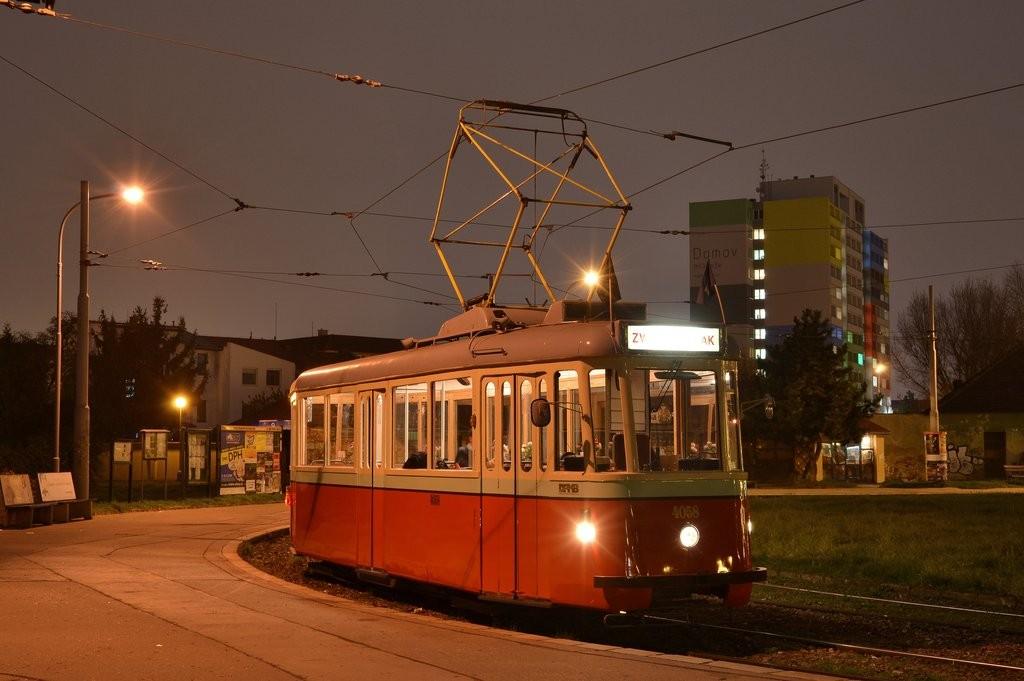 Fotogalerie » SBEPD 4MT4 4058 | Brno | Komárov | Komárov, smyčka