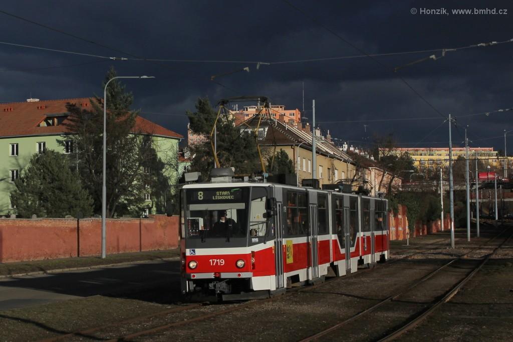 Fotogalerie » ČKD Tatra KT8D5R.N2 1719 | Brno | Židenice | Nezamyslova