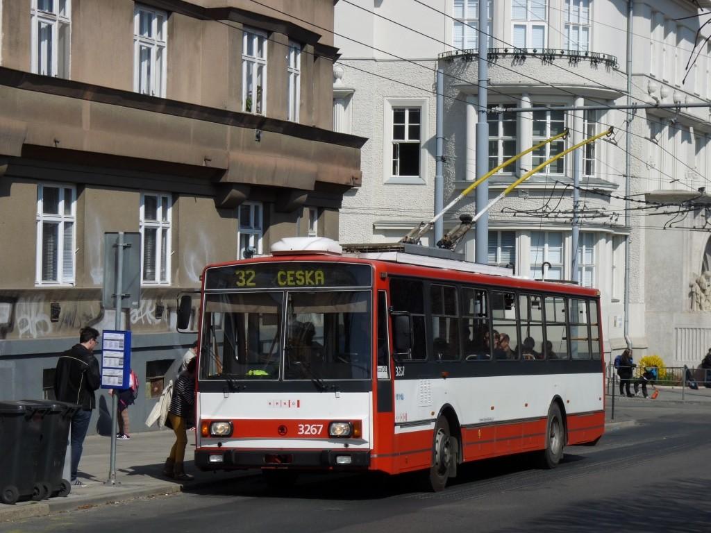 Fotogalerie » Škoda 14TrR 3267 | Brno | Královo Pole | Slovanské náměstí | Slovanské náměstí