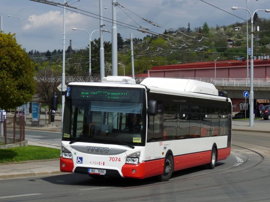 Fotogalerie » Iveco Urbanway 12M CNG 1BC 1580 7074 | Brno | Královo Pole | Kosmova