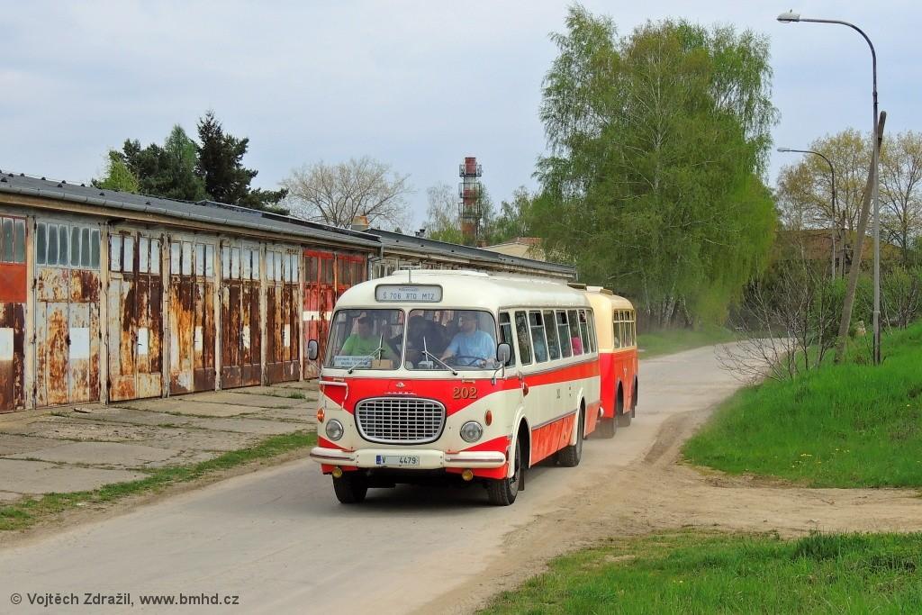 Fotogalerie » Škoda 706 RTO MTZ 202 | Letňanské strojírny B40 48 | Brno | Řečkovice | TMB Řečkovice