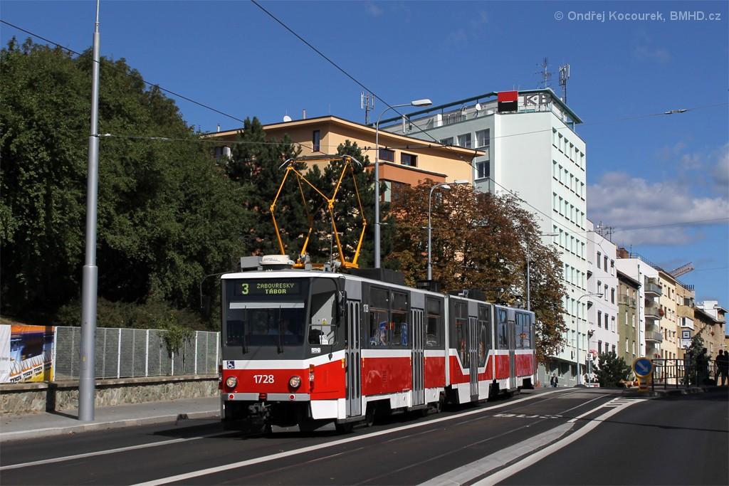 Fotogalerie » ČKD Tatra KT8D5R.N2 1728 | Brno | Černá Pole | Merhautova