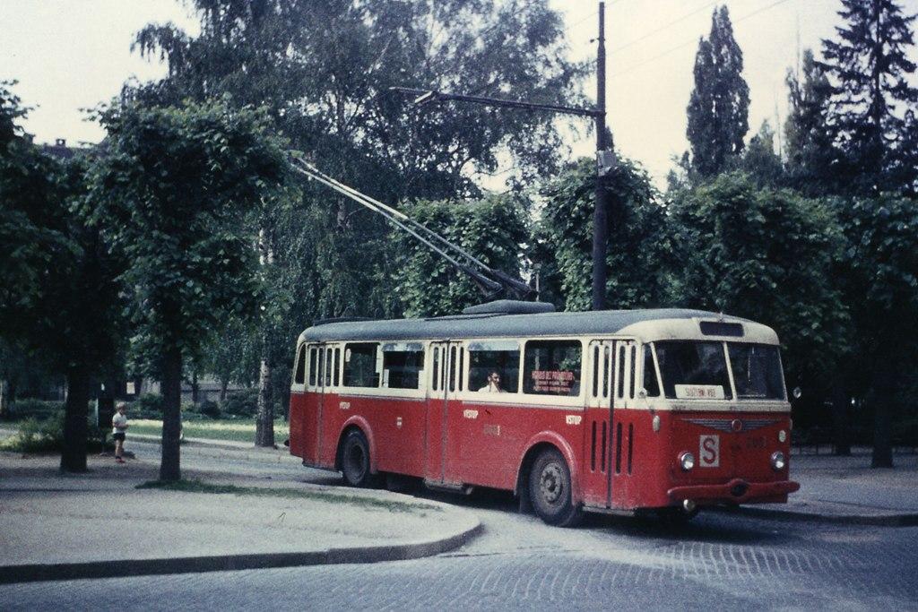 Fotogalerie » Škoda 7Tr4 3031 | Brno | Královo Pole | Slovanské náměstí