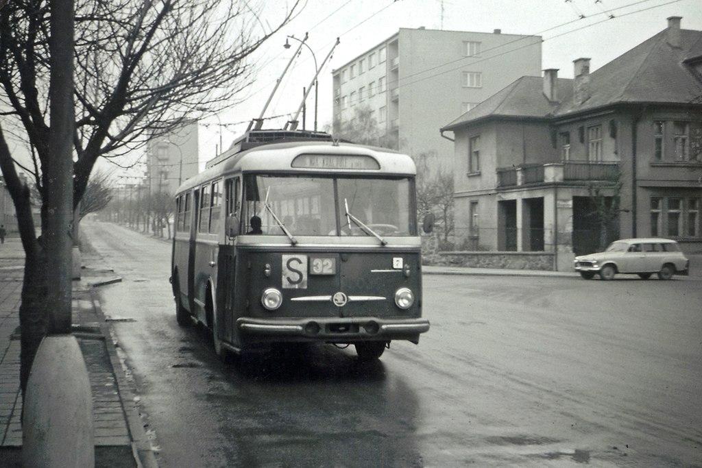 Fotogalerie » Škoda 9Tr14 3059 | Brno | Královo Pole | Srbská | Hutařova