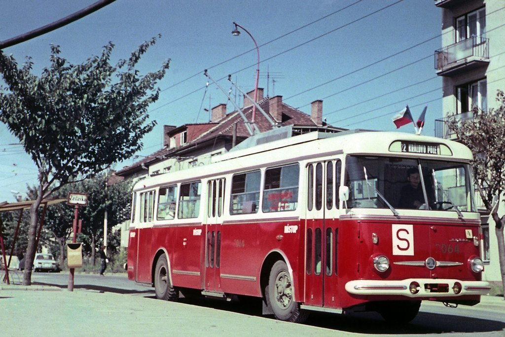 Fotogalerie » Škoda 9Tr15 3064 | Brno | Královo Pole | Srbská | Srbská