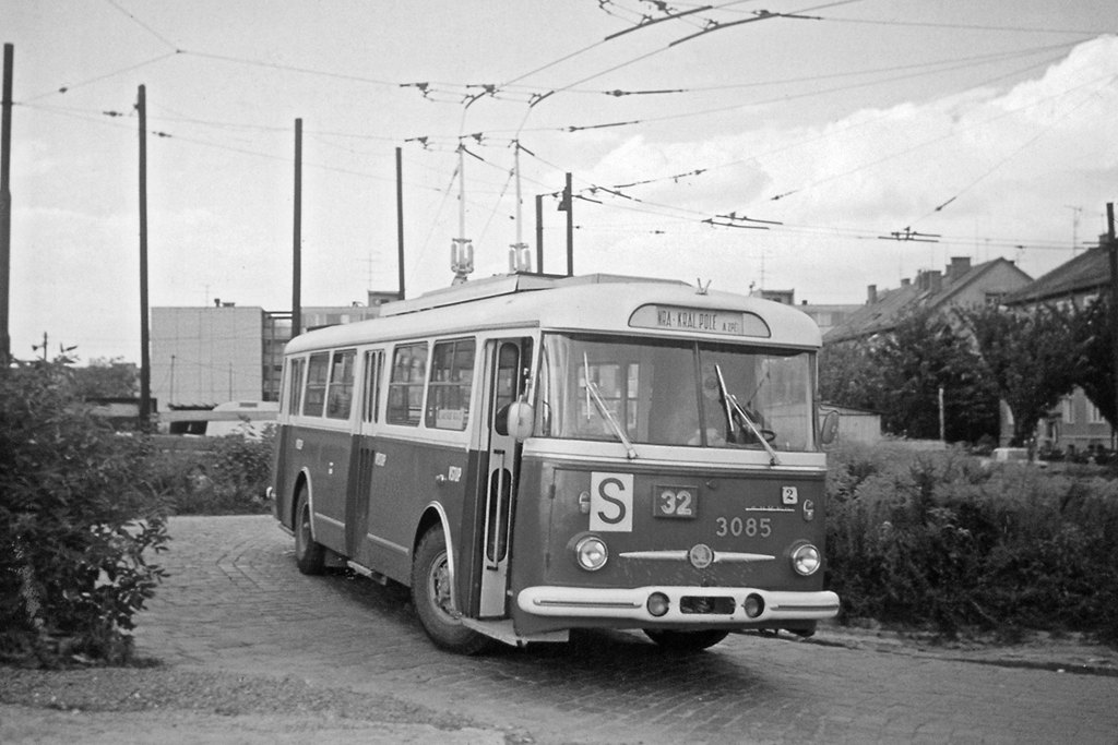 Fotogalerie » Škoda 9TrT 3085 | Brno | Královo Pole | Srbská | Srbská