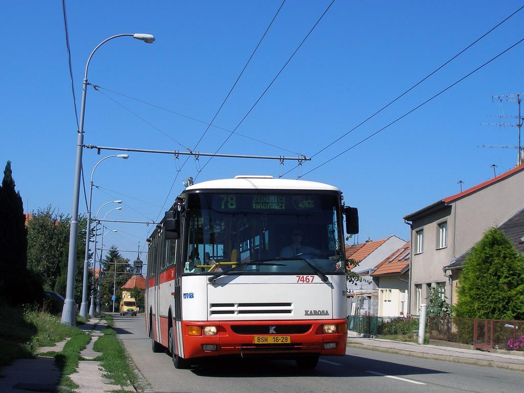 Fotogalerie » Karosa B931E.1707 7467 | Brno | Slatina | Matlachova