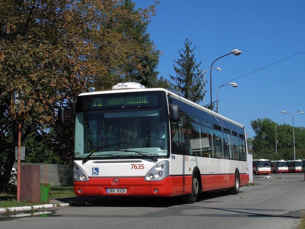 Fotogalerie » Irisbus Citelis 12M 7635   Brno   Slatina   Hviezdoslavova   Vozovna Slatina   Vozovna Slatina