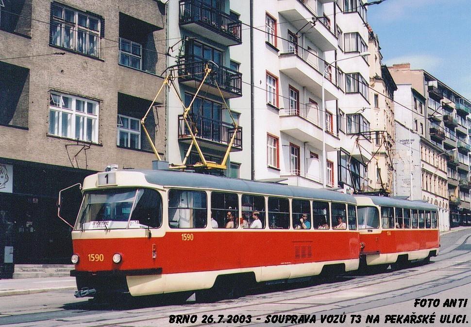 Fotogalerie » ČKD Tatra T3 1590 | ČKD Tatra T3 1556 | Brno | Staré Brno | Pekařská