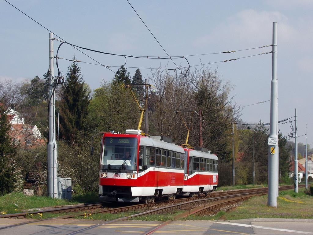Fotogalerie » ČKD DS T3R 1663 | ČKD DS T3R 1664 | Brno | Komín | Kníničská