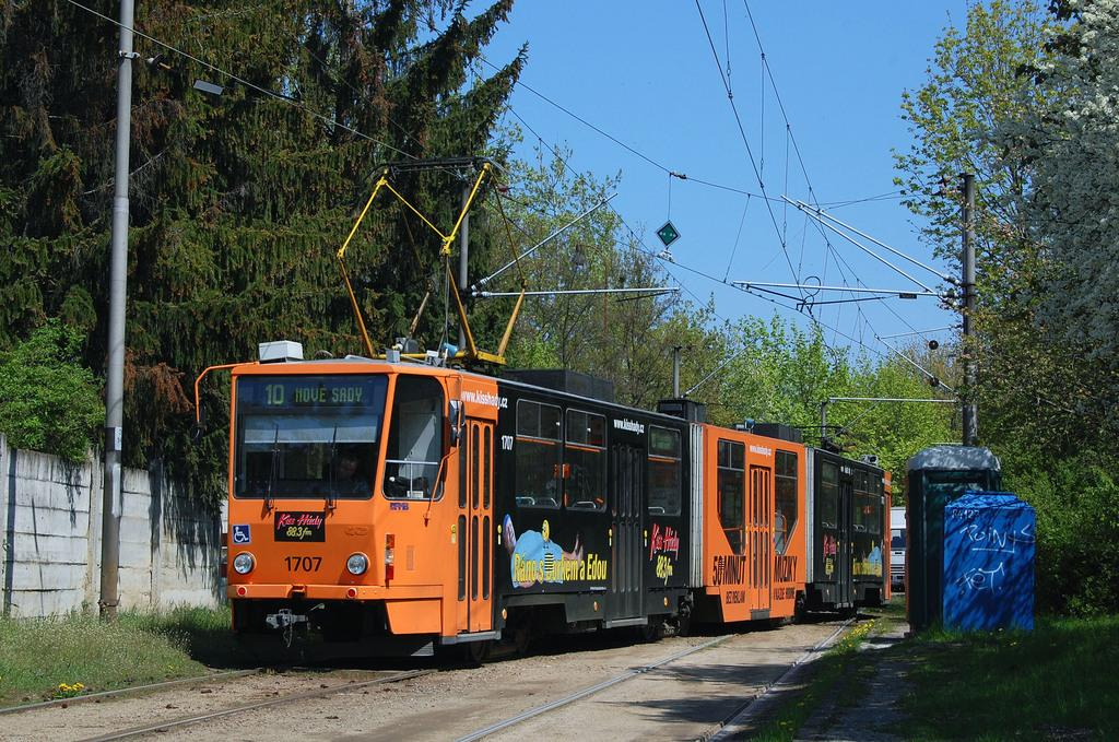 Fotogalerie » ČKD Tatra KT8D5R.N2 1707 | Brno | Slatina | Stránská skála, smyčka