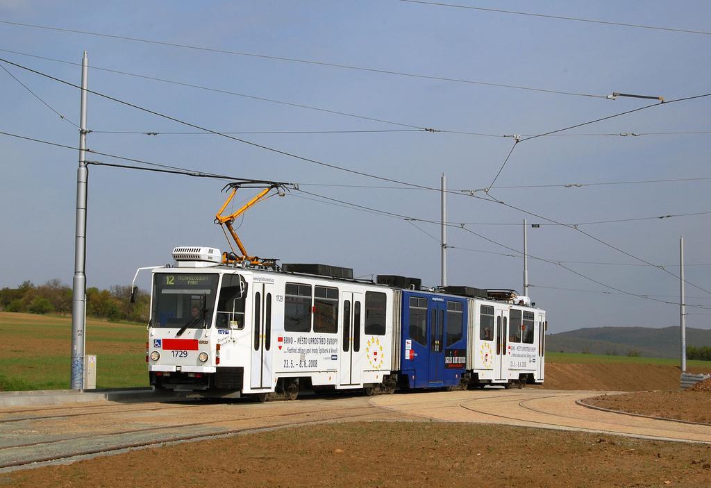 Fotogalerie » ČKD Tatra KT8D5N 1729 | Brno | Medlánky | Purkyňova | Technologický park, smyčka