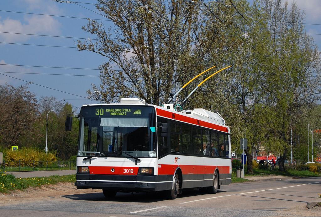 Fotogalerie » Škoda 21Tr 3019 | Brno | Komín | Bystrcká