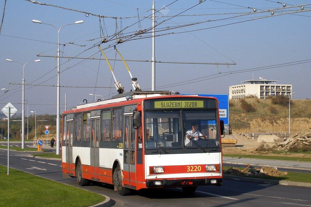 Fotogalerie » Škoda 14TrR 3220 | Brno | Bohunice | Netroufalky