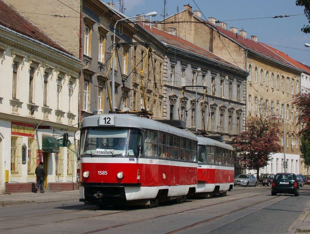 Fotogalerie » ČKD Tatra T3M 1585 | ČKD Tatra T3M 1594 | Brno | Trnitá | Dornych | Svatopetrská