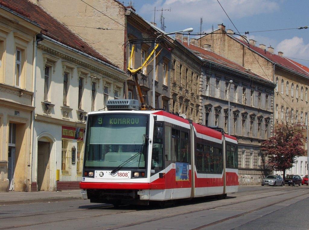 Fotogalerie » Škoda 03T6 1808 | Brno | Trnitá | Dornych | Svatopetrská