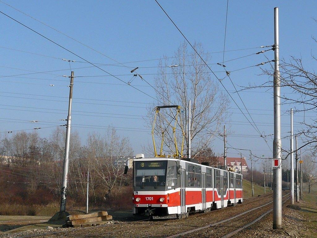 Fotogalerie » ČKD Tatra KT8D5R.N2 1701 | Brno | Líšeň