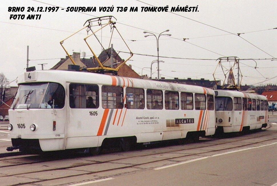 Fotogalerie » ČKD Tatra T3G 1605 | ČKD Tatra T3G 1617 | Brno | Husovice | Tomkovo náměstí | Tomkovo náměstí
