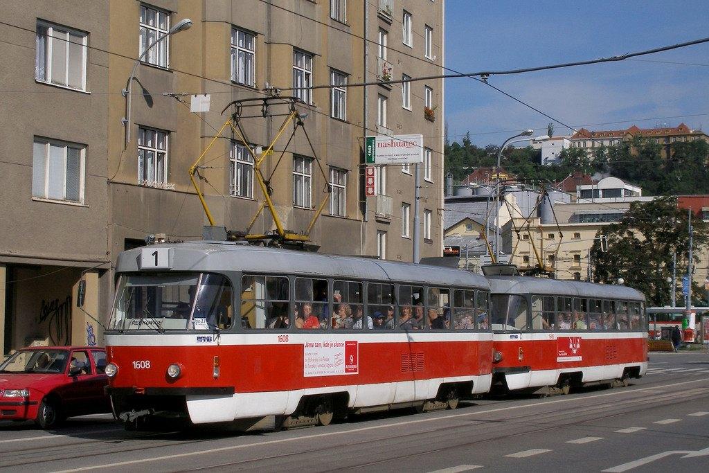 Fotogalerie » ČKD Tatra T3G 1608 | ČKD Tatra T3G 1606 | Brno | Staré Brno | Křížová