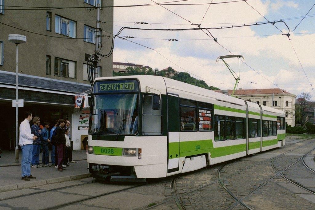 Fotogalerie » ČKD DS RT6N 0028 | Brno | Staré Brno | Mendlovo náměstí | Mendlovo náměstí