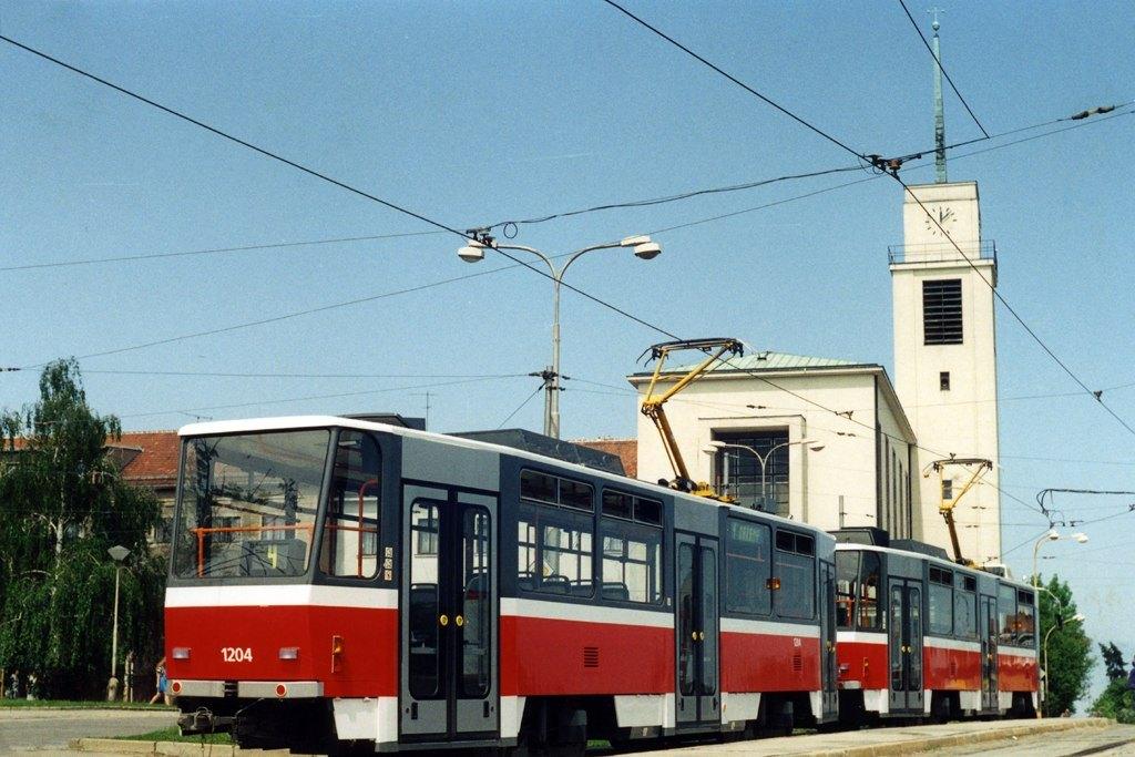 Fotogalerie » ČKD DS T6A5 1204 | Brno | Masarykova čtvrť | Náměstí míru | Náměstí Míru, smyčka