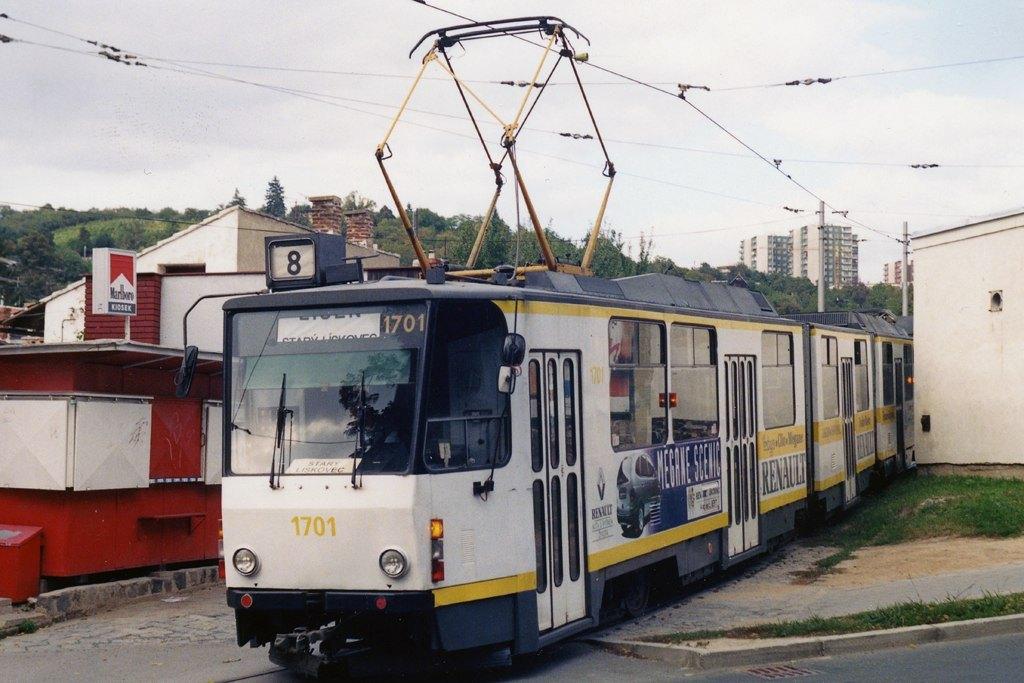 Fotogalerie » ČKD Tatra KT8D5 1701   Brno   Juliánov   Juliánov, smyčka