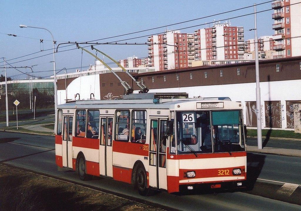 Fotogalerie » Škoda 14Tr08/6 3212 | Brno | Vinohrady | Žarošická