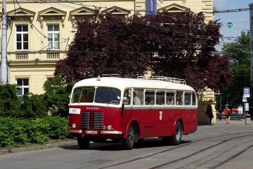 Fotogalerie » Josef Sodomka Škoda 706 RO V 4482 22 | Brno | střed | Žerotínovo náměstí