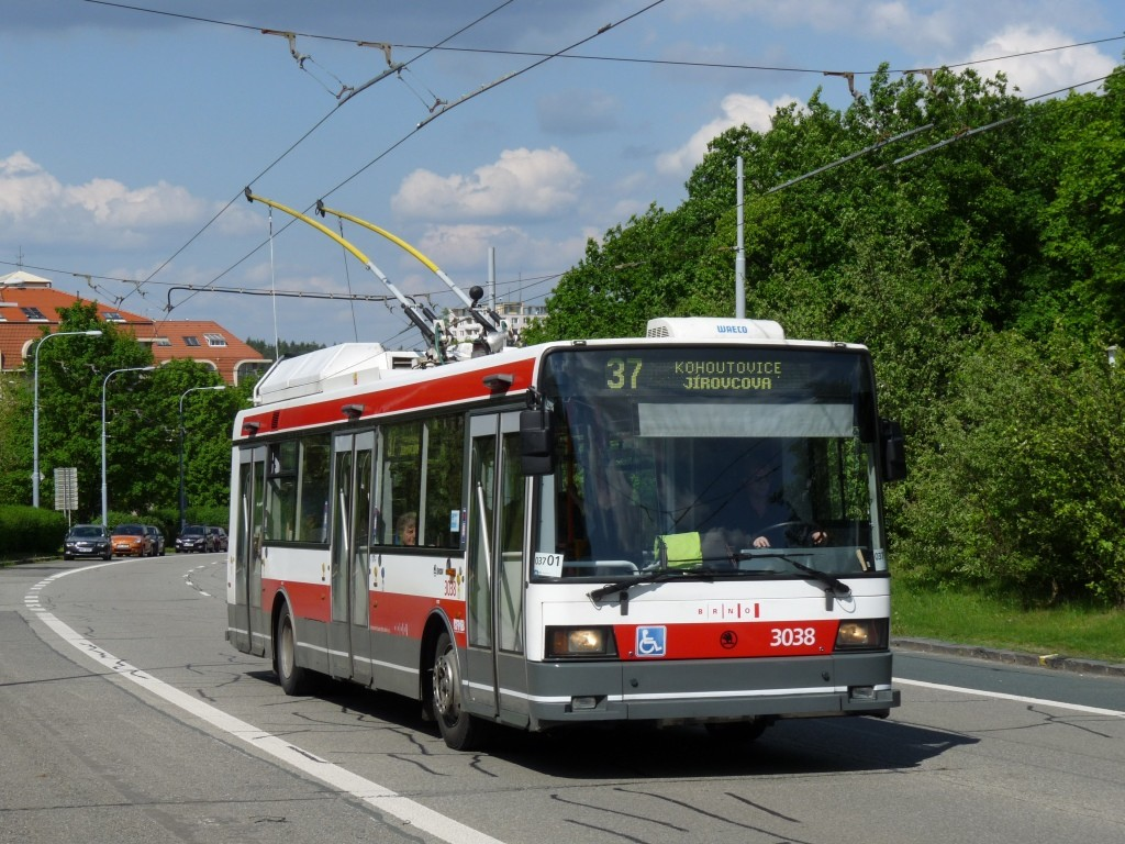 Fotogalerie » Škoda 21Tr 3038 | Brno | Kohoutovice | Libušina třída