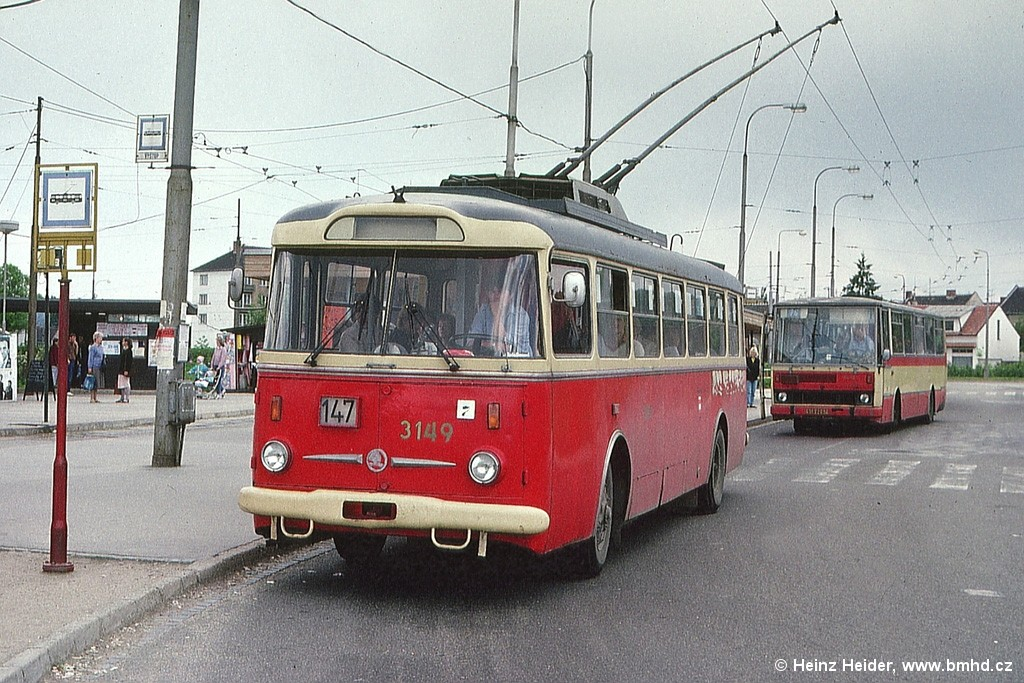Fotogalerie » Škoda 9TrHT28 3149 | Karosa B731.04 BSB 02-07 7077 | Brno | Židenice | Stará Osada