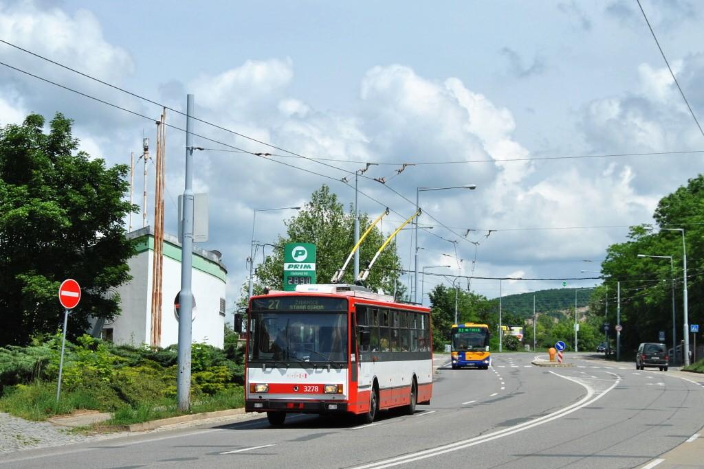 Fotogalerie » Škoda 14Tr17/6M 3278 | Brno | Židenice | Rokytova | Akátky