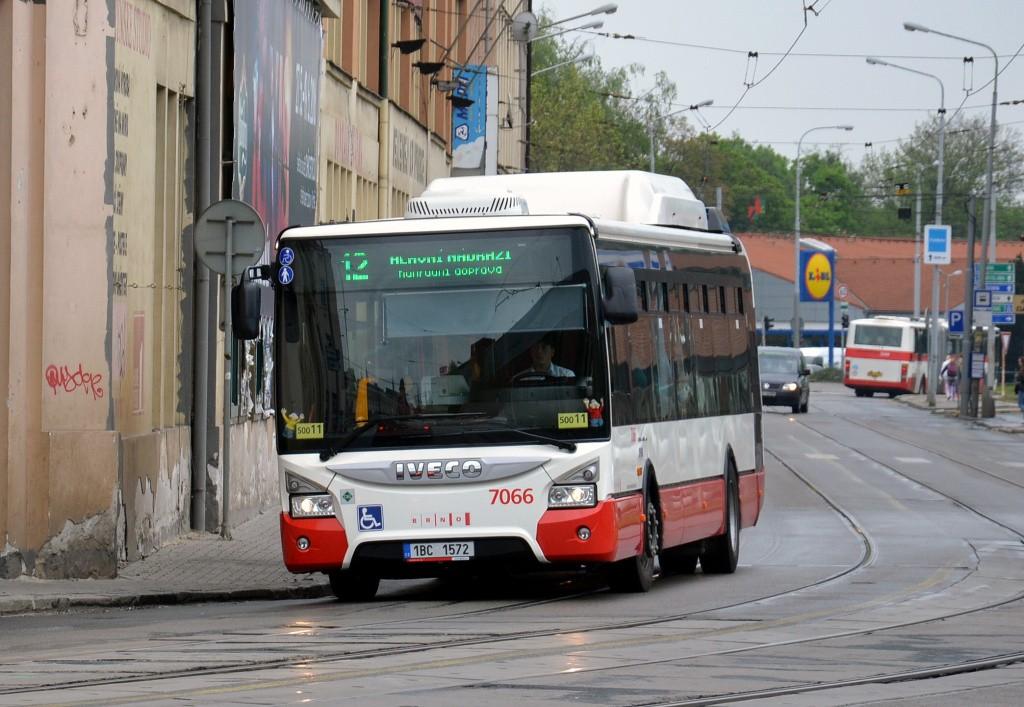 Fotogalerie » Iveco Urbanway 12M CNG 1BC 1572 7066 | Brno | Trnitá | Dornych