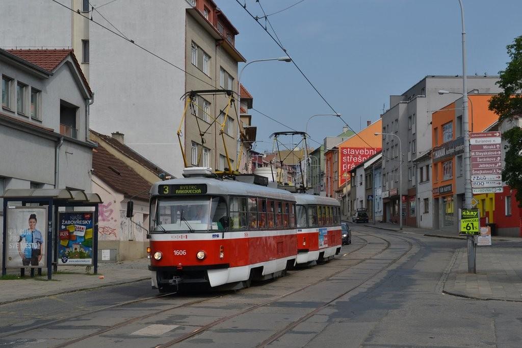 Fotogalerie » ČKD Tatra T3G 1606 | ČKD Tatra T3G 1608 | Brno | Žabovřesky | Burianovo náměstí | Burianovo náměstí