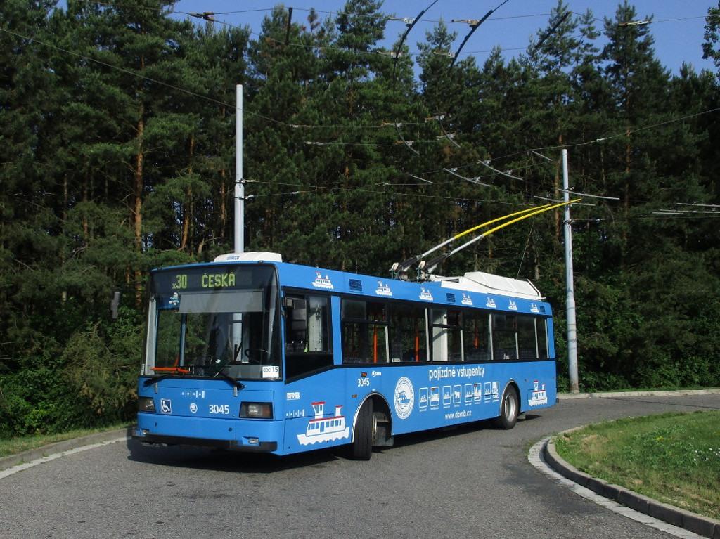 Fotogalerie » Škoda 21Tr 3045   Brno   Bystrc   Černého
