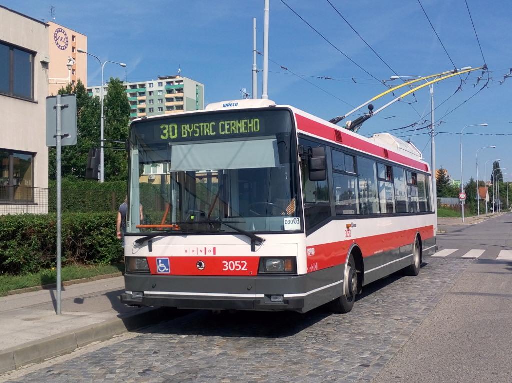 Fotogalerie » Škoda 21Tr 3052 | Brno | Královo Pole | Budovcova | Královo Pole, nádraží