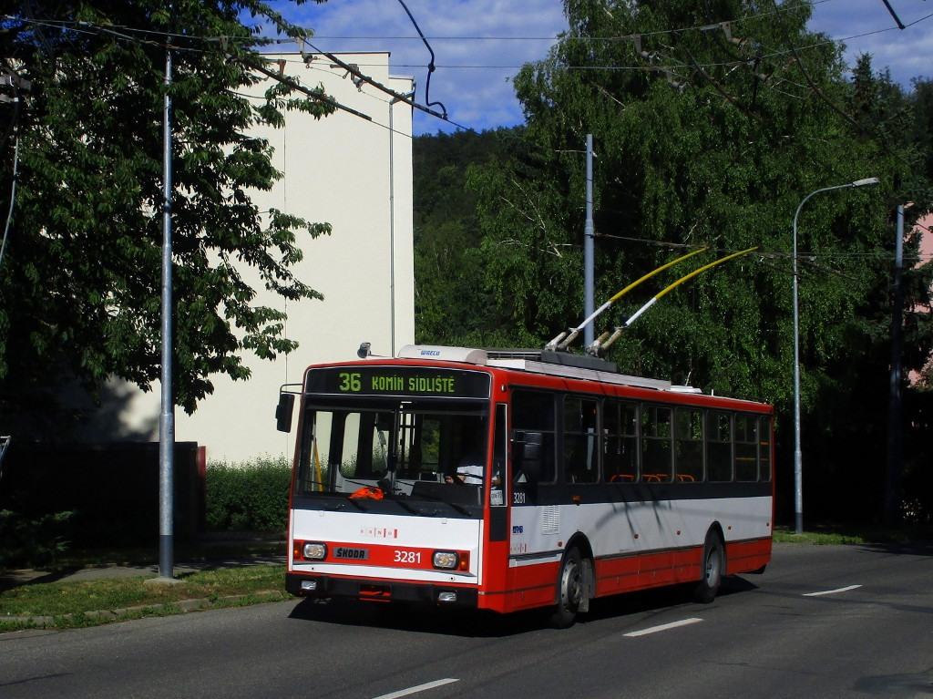 Fotogalerie » Škoda 14Tr17/6M 3281 | Brno | Komín | Řezáčova