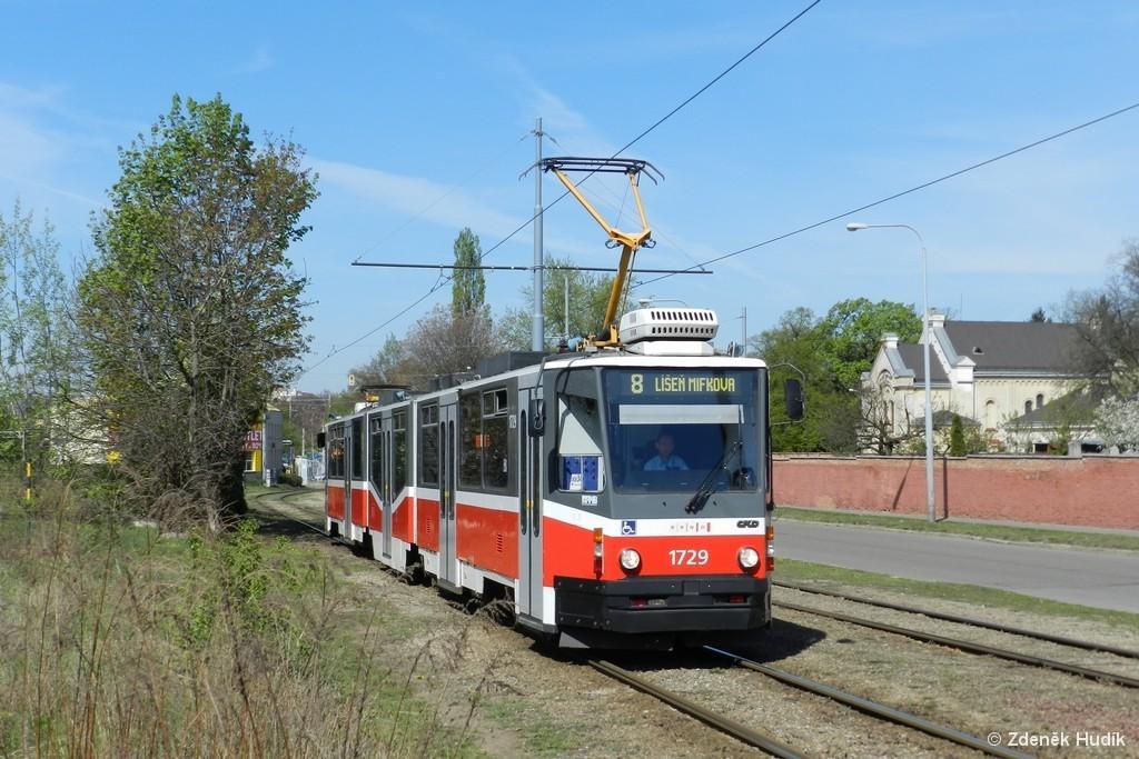 Fotogalerie » ČKD Tatra KT8D5N 1729 | Brno | Židenice | Nezamyslova