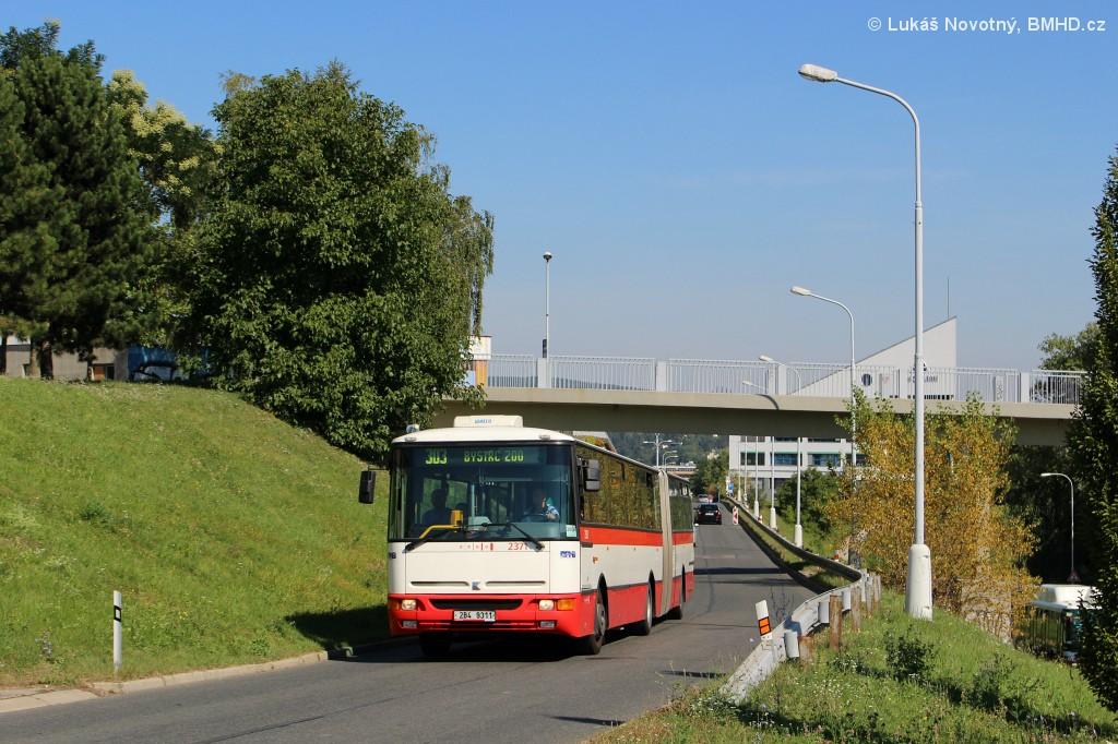 Fotogalerie » Karosa B961E.1970 2B4 9311 2371 | Brno | Bystrc | Páteřní