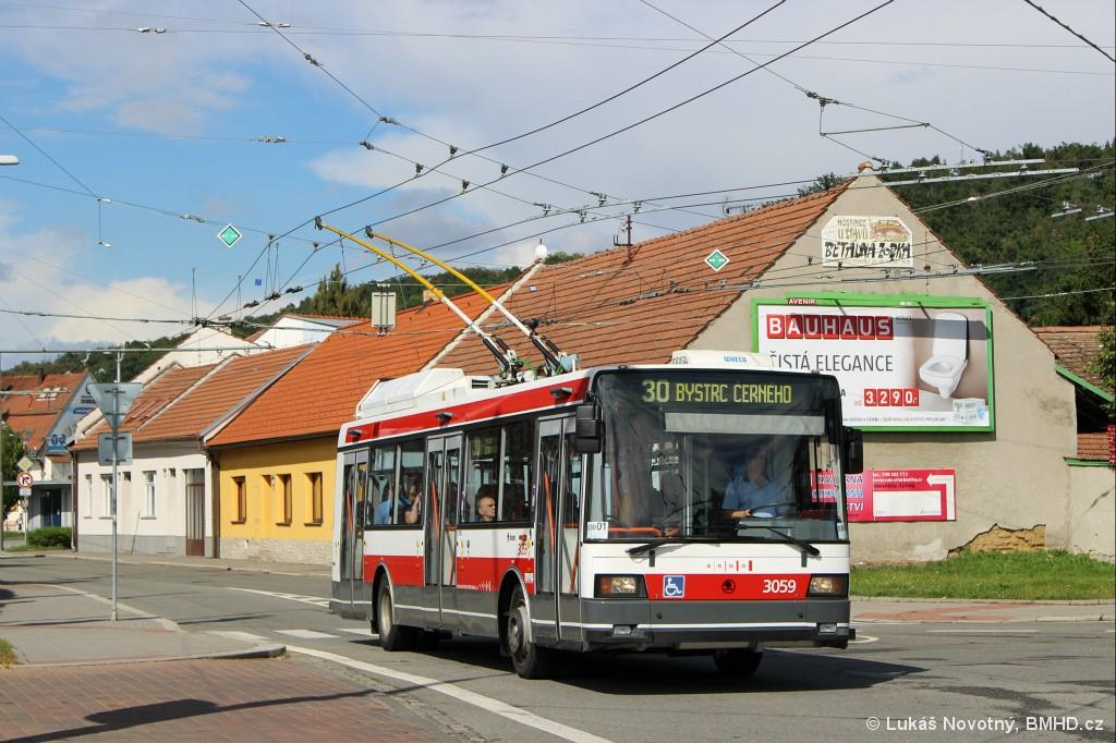 Fotogalerie » Škoda 21Tr 3059   Brno   Bystrc   náměstí 28. dubna