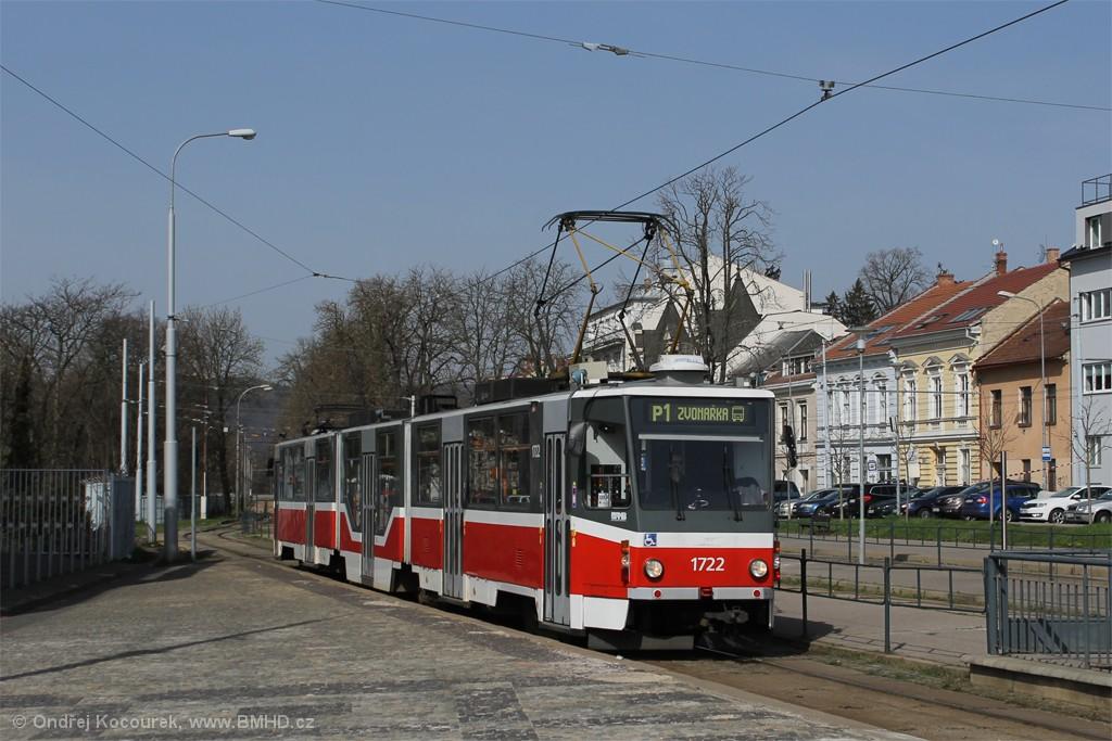 Fotogalerie » ČKD Tatra KT8D5R.N2 1722 | Brno | Pisárky | Hlinky | Výstaviště, hlavní vstup