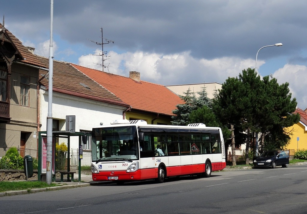 Fotogalerie » Irisbus Citelis 12M 5B7 4533 7651 | Brno | Obřany | Fryčajova | Hlaváčova