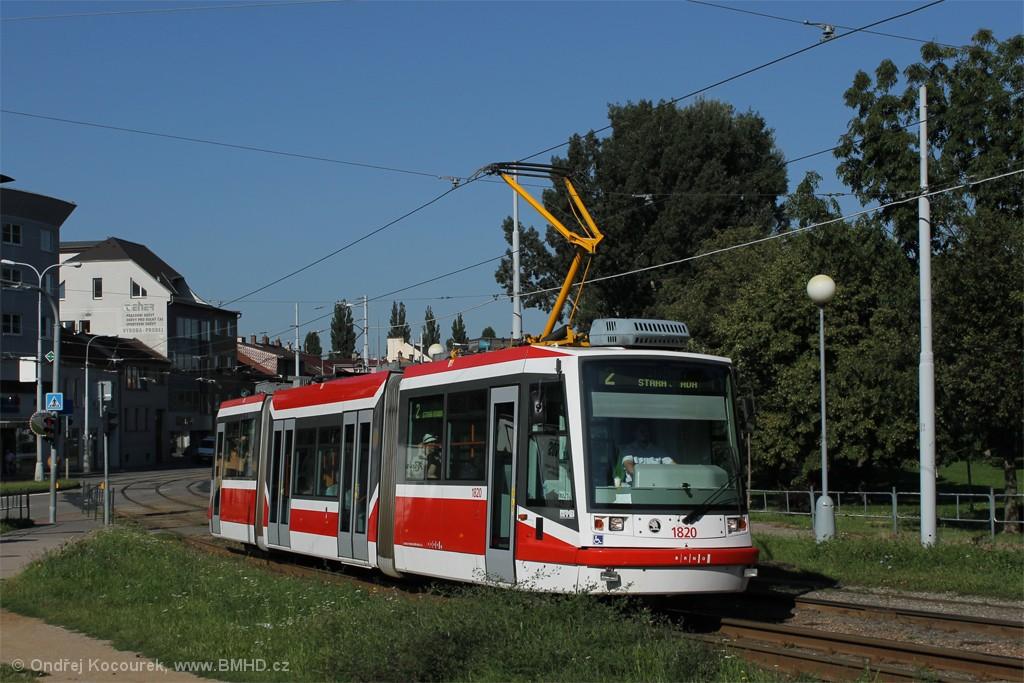 Fotogalerie » Škoda 03T7 1820 | Brno | Židenice | Bubeníčkova