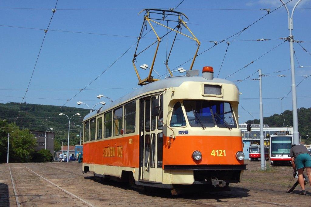 Fotogalerie » Tatra T2 služební 4121 | Brno | vozovna Pisárky