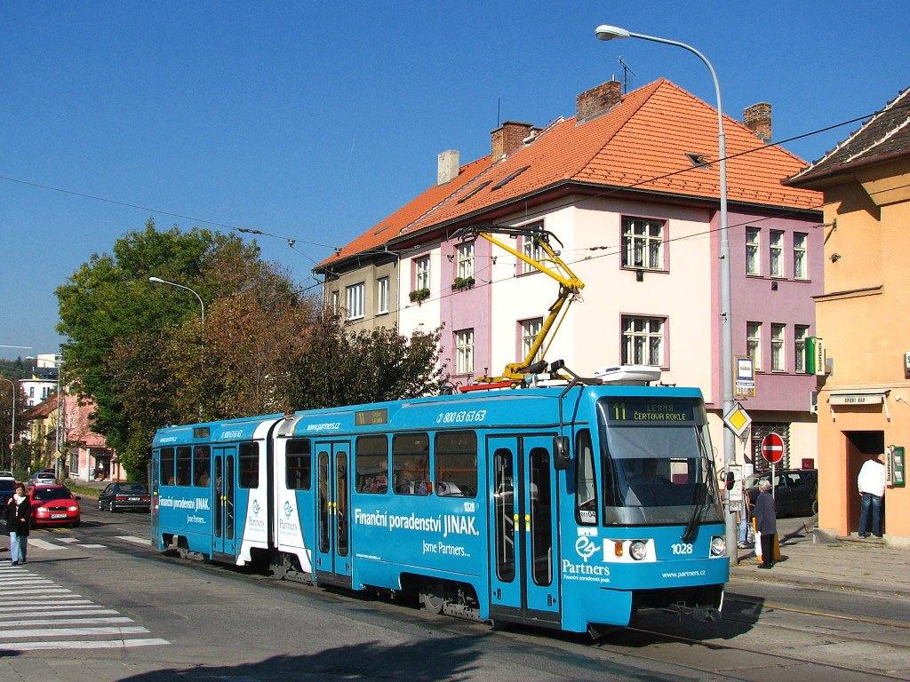 Fotogalerie » ČKD Tatra K2R 1028 | Brno | Žabovřesky | Burianovo náměstí | Burianovo náměstí