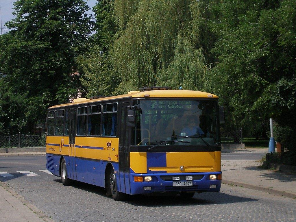 Fotogalerie » Karosa C954.1360 1B9 4907 | Břeclav | sady 28. října | Železniční stanice