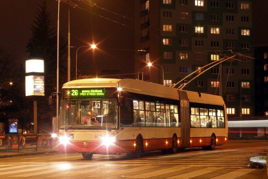 Fotogalerie » Škoda 25Tr Citelis 1B 3611 | Brno | Staré Brno | Mendlovo náměstí