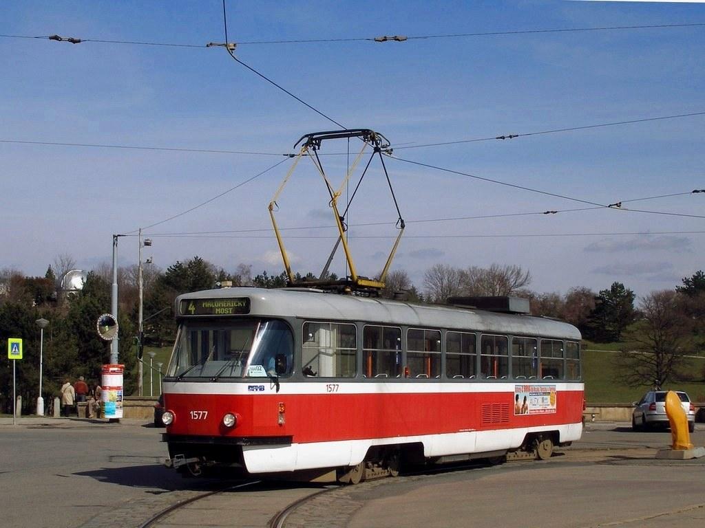 Fotogalerie » ČKD Tatra T3M 1577 | Brno | Masarykova čtvrť | Náměstí míru | Náměstí Míru, smyčka