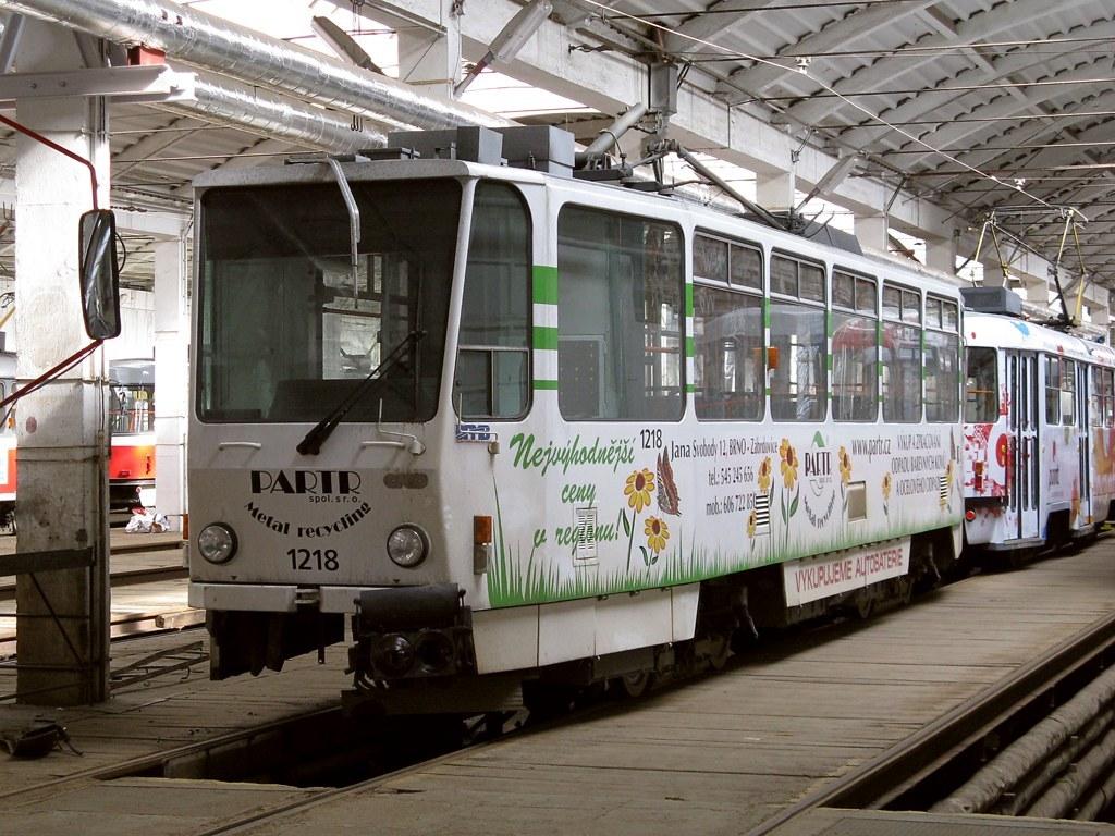 Fotogalerie » ČKD DS T6A5 1218 | Brno | vozovna Medlánky