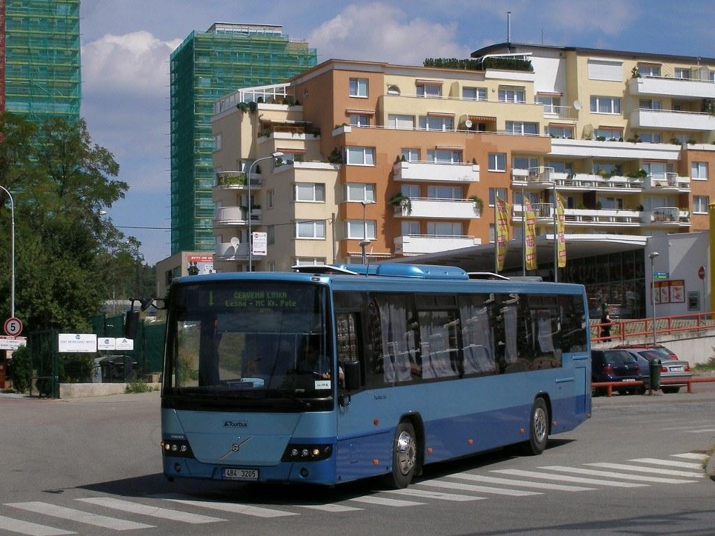 Fotogalerie » Volvo Volvo 8700 LE 4B4 3205   Brno   Lesná   Okružní   Haškova