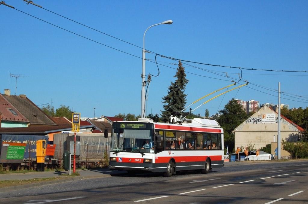 Fotogalerie » Škoda 21TrIGCT 3042 | Brno | Husovice | Tomkovo náměstí | Tomkovo náměstí